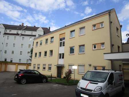 Ab 1.8. !! Nette, kleinere 2 ZWoKB, ca. 42 qm in Augsburg, Innenstadt gleich bei der Stadtmauer in Augsburg-Innenstadt