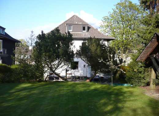 Wohnung mit großem Balkon und Garten in der City