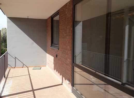 Helle 2-Zimmer-Wohnung mit großem Balkon in Ostheim, Köln
