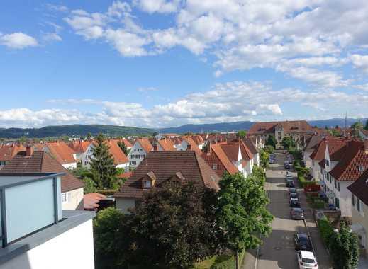 Exklusive, neuwertige 4,5-Zimmer-Penthouse-Wohnung mit Balkon und EBK in Lörrach (Kreis)