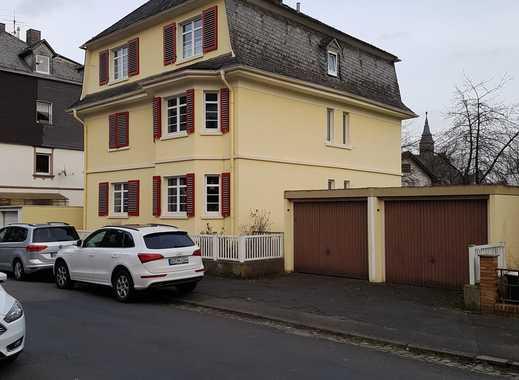 Wohnen in Siegen auf dem Wellersberg, Gepflegte 3-Zimmer-Altbauwohnung mit Balkon