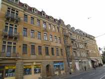 Helle Maisonette-Wohnung mit Laminatboden