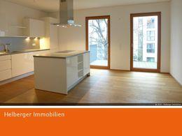 Küche mit Essbereich u. Balkon
