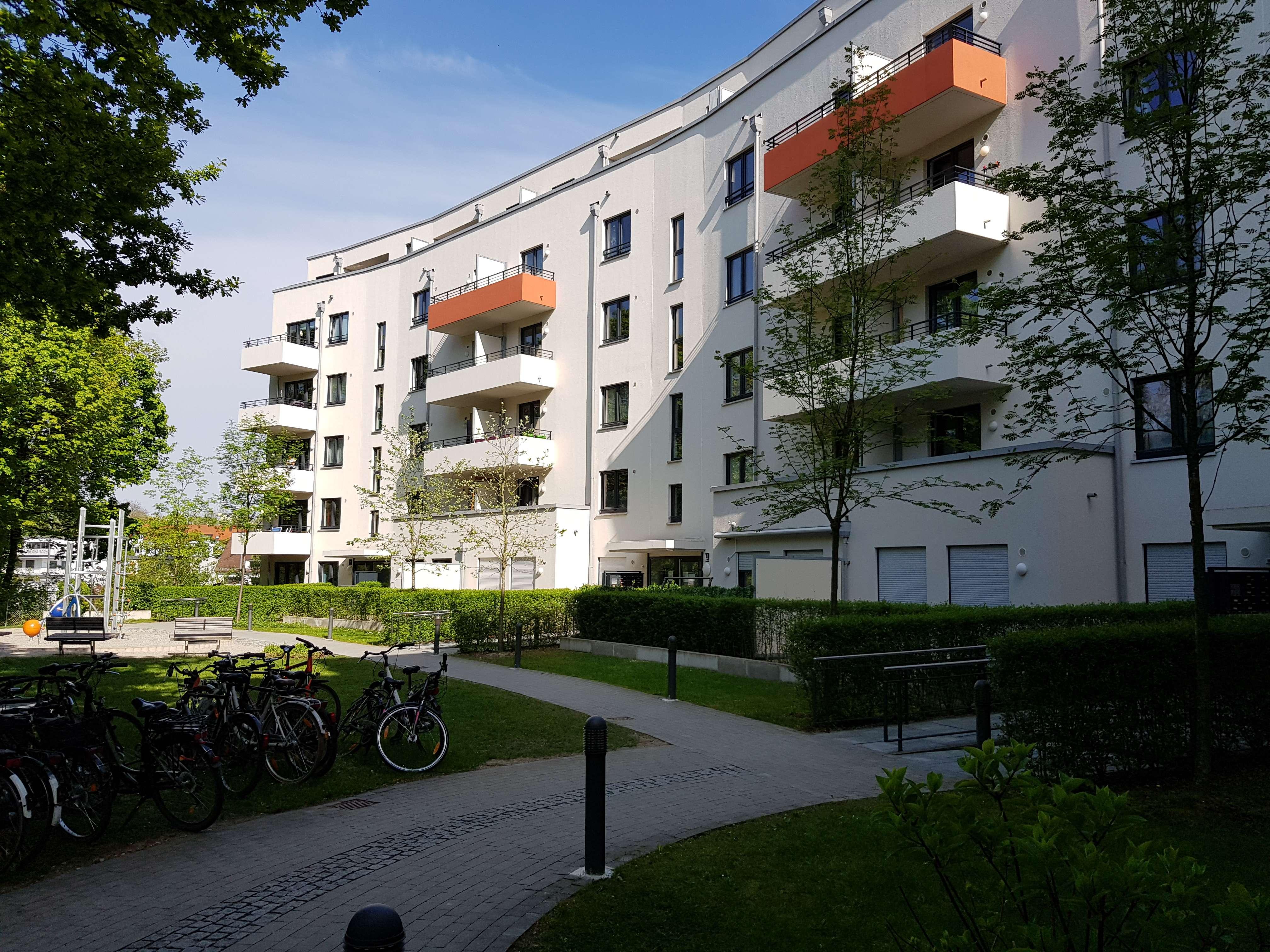 Neuwertige 3-Zimmer-Wohnung mit Loggia in Pasing, München