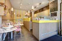 Gut eingeführtes französisches Café in