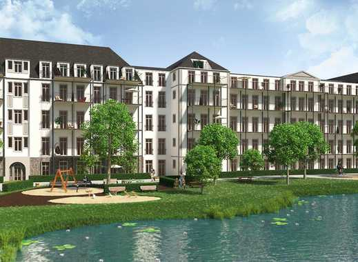 Herrschaftliche 3-Zimmer-Altbauwohnung auf ca. 112 m² mit Wintergarten und Süd-Balkon
