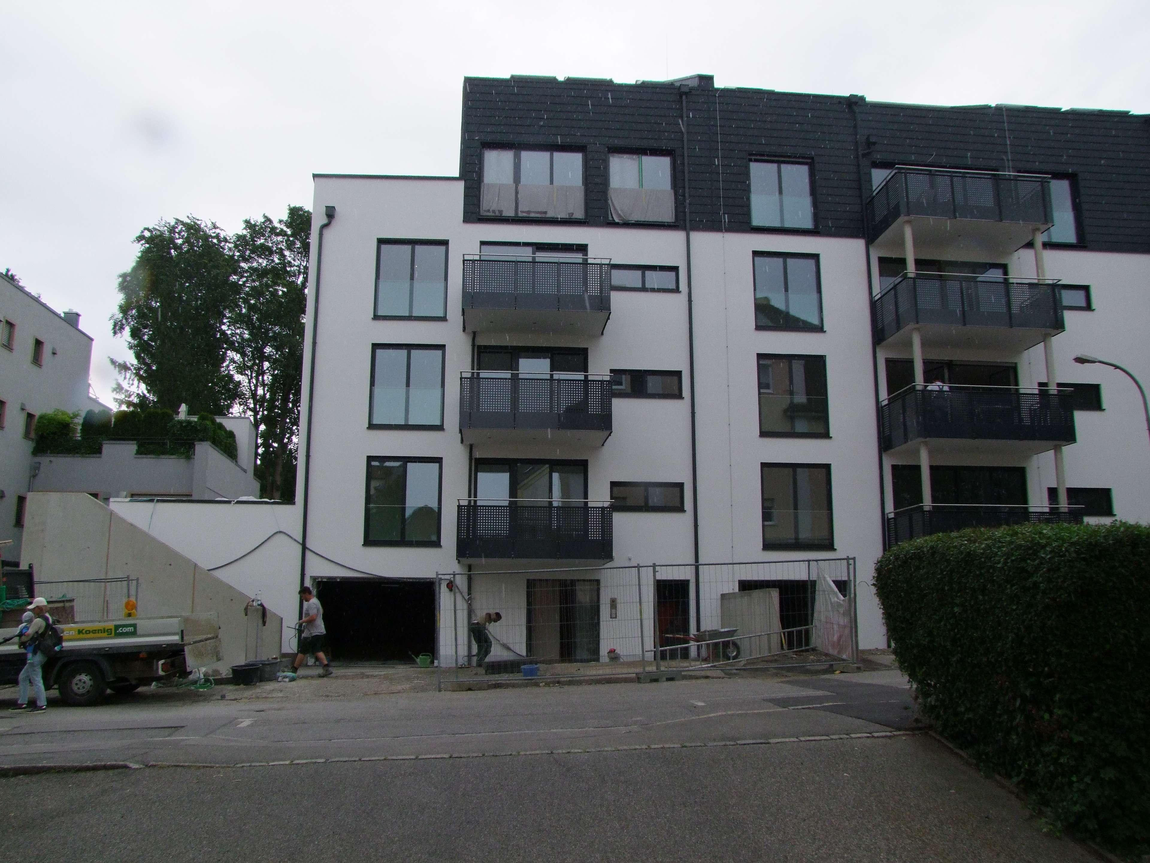 Erstbezug 2-Zimmer-Terrassenwohnung mit Einbauküche Augsburg Nähe HBF
