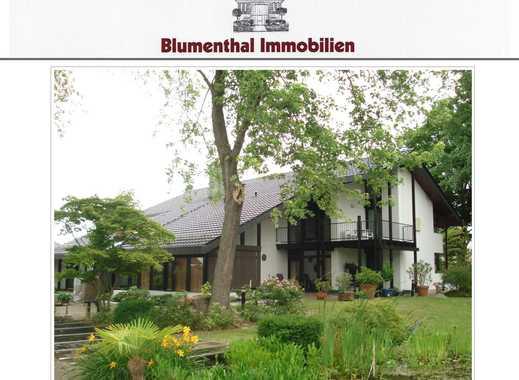 Traumhaft., exklusiv. Anwesen mit 453 m² architekt. anspruchsvoller Wohnfl. inkl. Schwimmhalle !