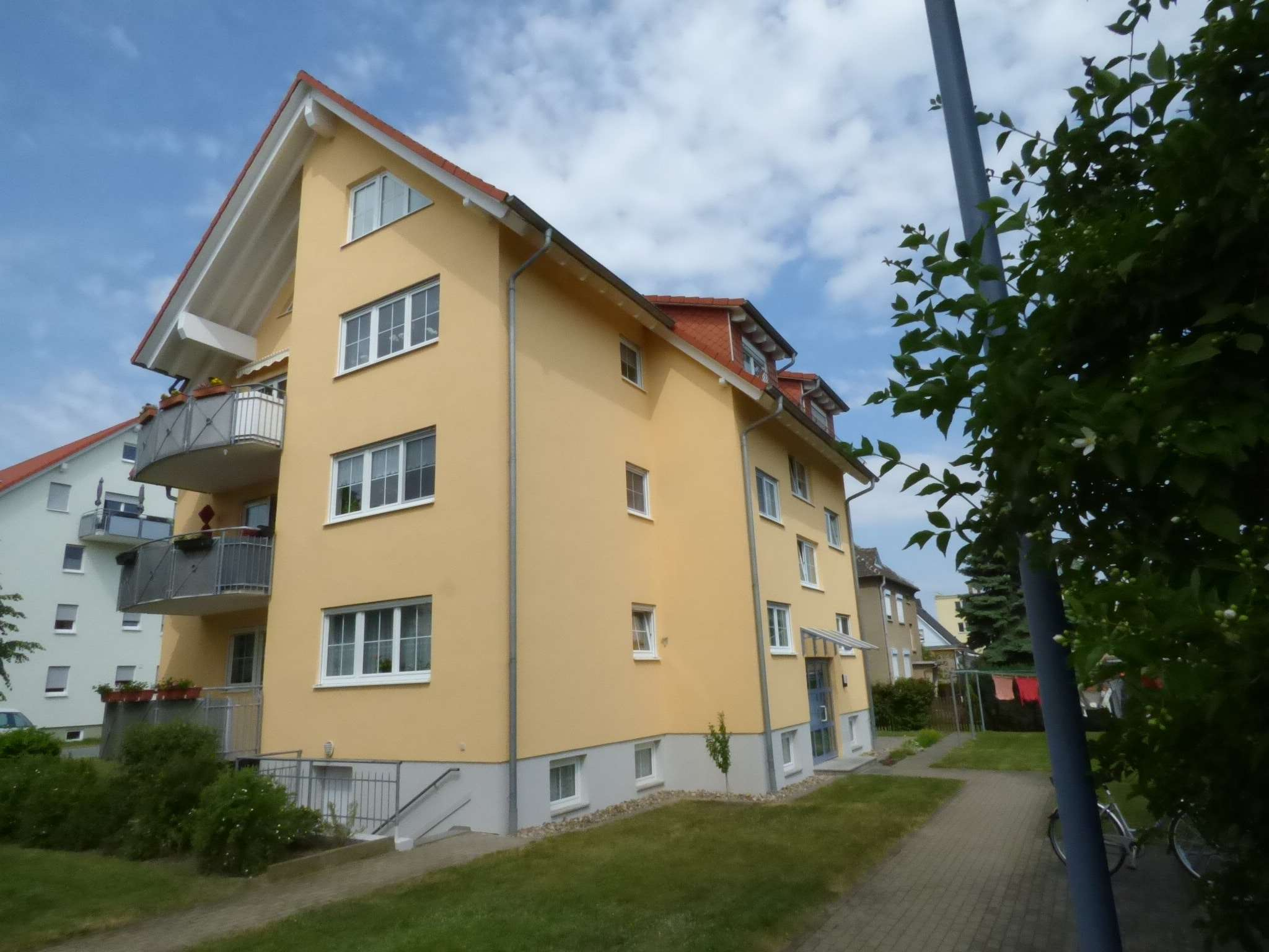 Riesa, 4-Raum-Eigentumswohnung, Maisonette mit Balkon in begehrter Wohnlage - Wohnung zum Kauf in Riesa