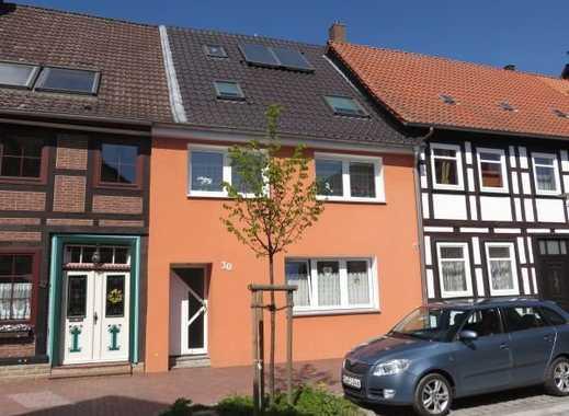 Saniertes 6-Zi.-Haus mit 2 Bädern, Terrasse, Garage u.v.m.