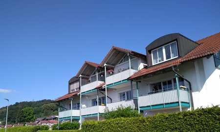 Helle und freundliche Wohnung mit drei Zimmern sowie drei Balkonen und EBK in Simbach am Inn in Simbach am Inn