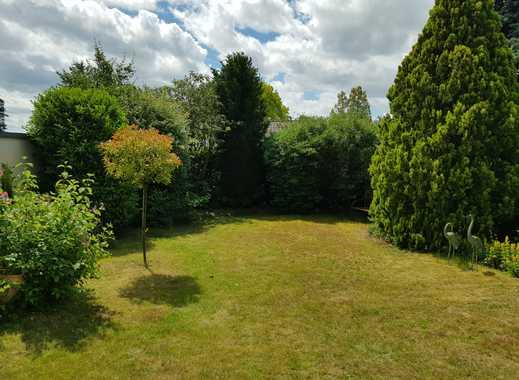 Großzügig geschnittenes, helles Reihenendhaus mit schönem Garten