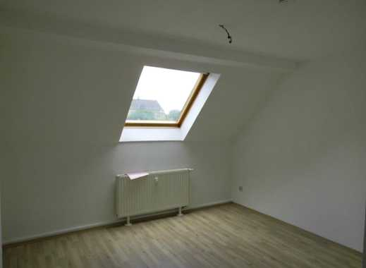Schöne, renovierte 3,5 Raum Wohnung in Essen-Süd! WG geeignet!!
