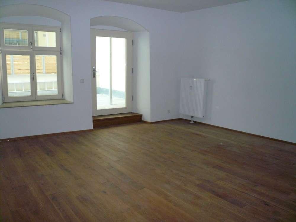 Besondere Mietwohnung in kernsaniertem Altstadthaus mit großer Terrasse im Innenhof in Wasserburg am Inn