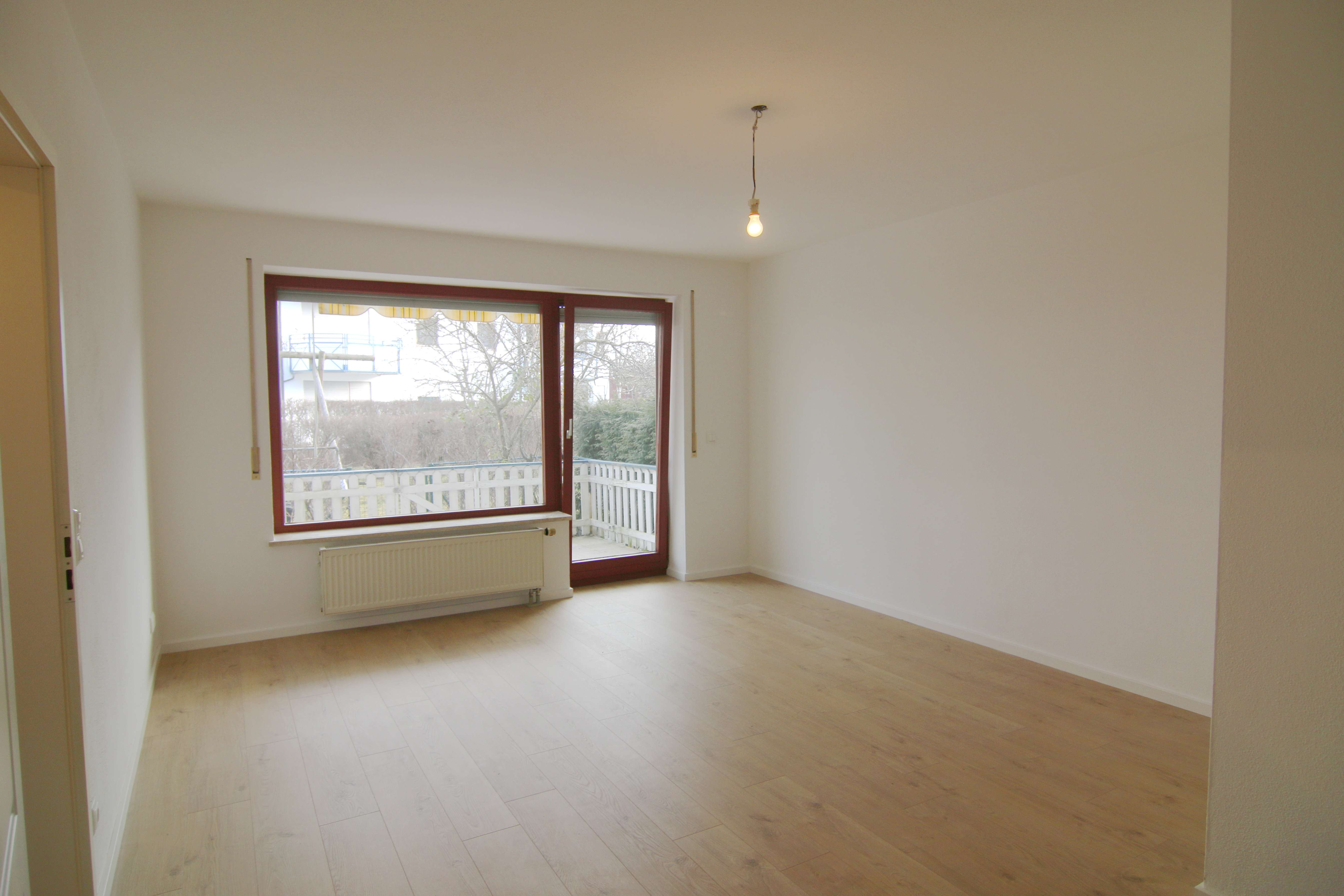Schön geschnittene 2-ZKB-Wohnung mit Garten in A.-Univiertel in