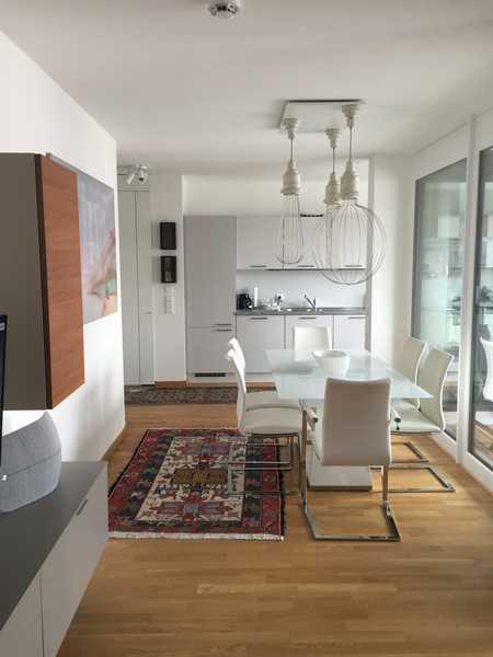 Hochwertige Neue voll moebelierte Wohnung/ Stadtmitte in Augsburg-Innenstadt