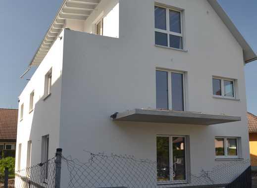 Schöne Penthouse Wohnung - ruhige und optimal angeschlossene Lage