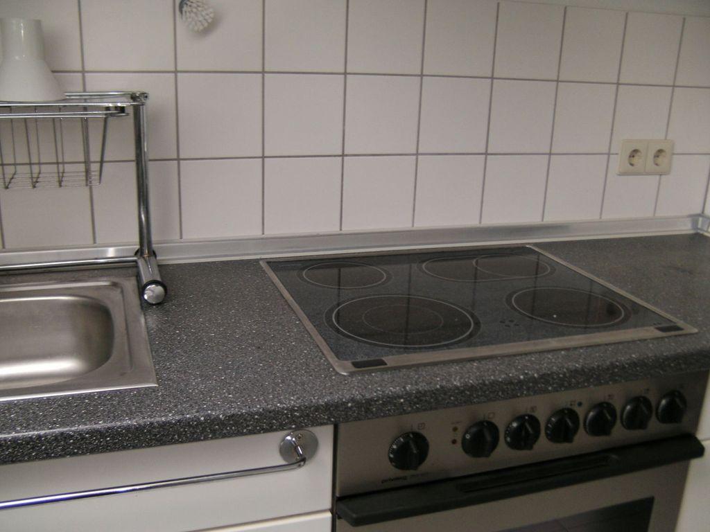 Moderne Küche z. Beispiel