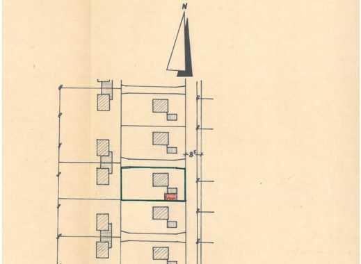 Großzügiges Grundstück, 706 qm mit Einfamilienhaus Bj. 1960