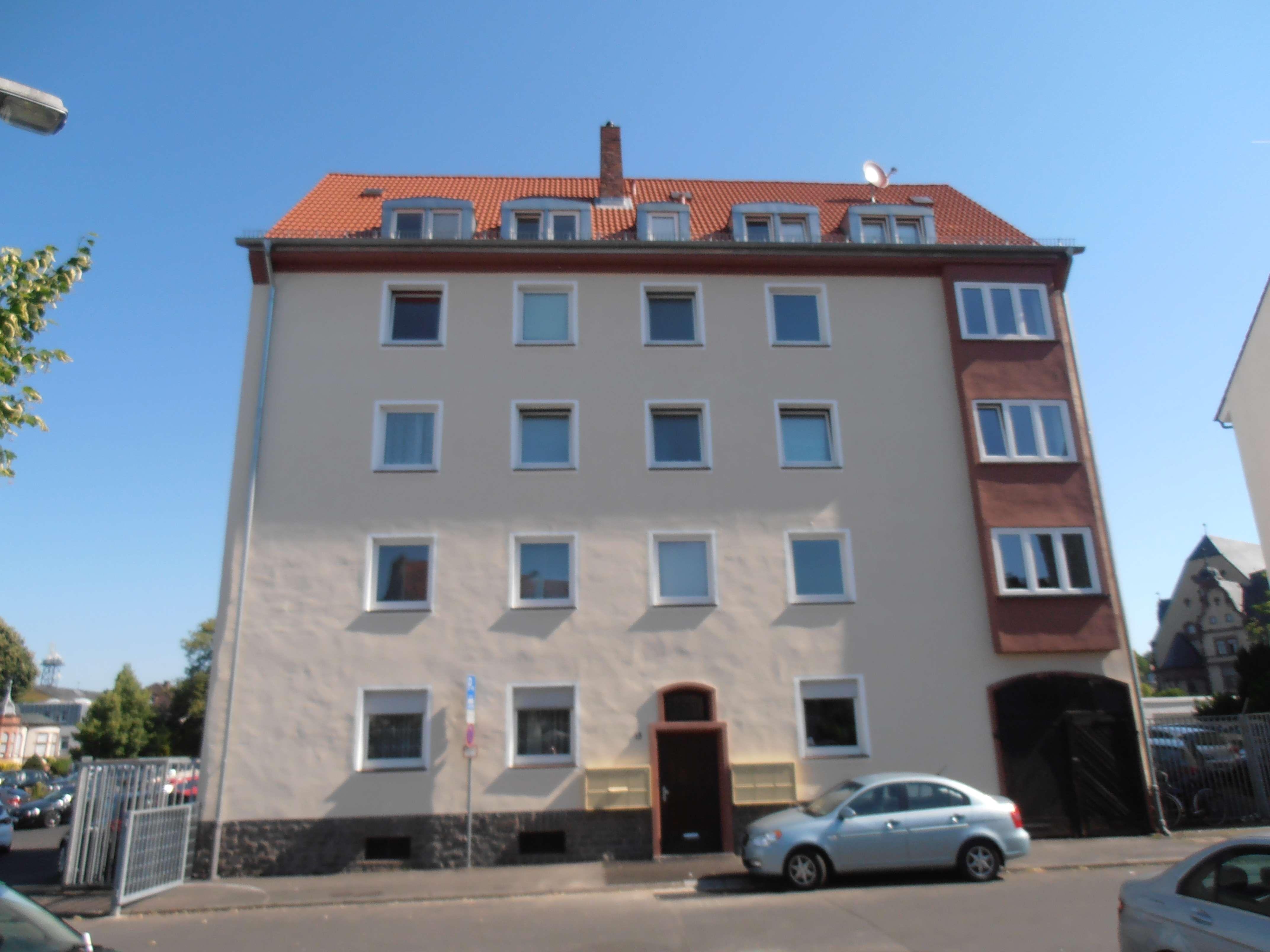 3 Zimmer, Küche mit Einbauküche, Duschbad in Stadtmitte (Aschaffenburg)
