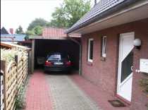 Schöne Doppelhaushälfte mit Carport in