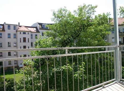 *wohnwert-leipzig.de* 3-Zi-Whg/Balkon/Wohnküche/Tageslichtbad/Abstrellraum/3.OG/ ges: 680,- EUR