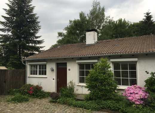Großzügiges, frisch renoviertes Einfamilienhaus in zentraler Lage