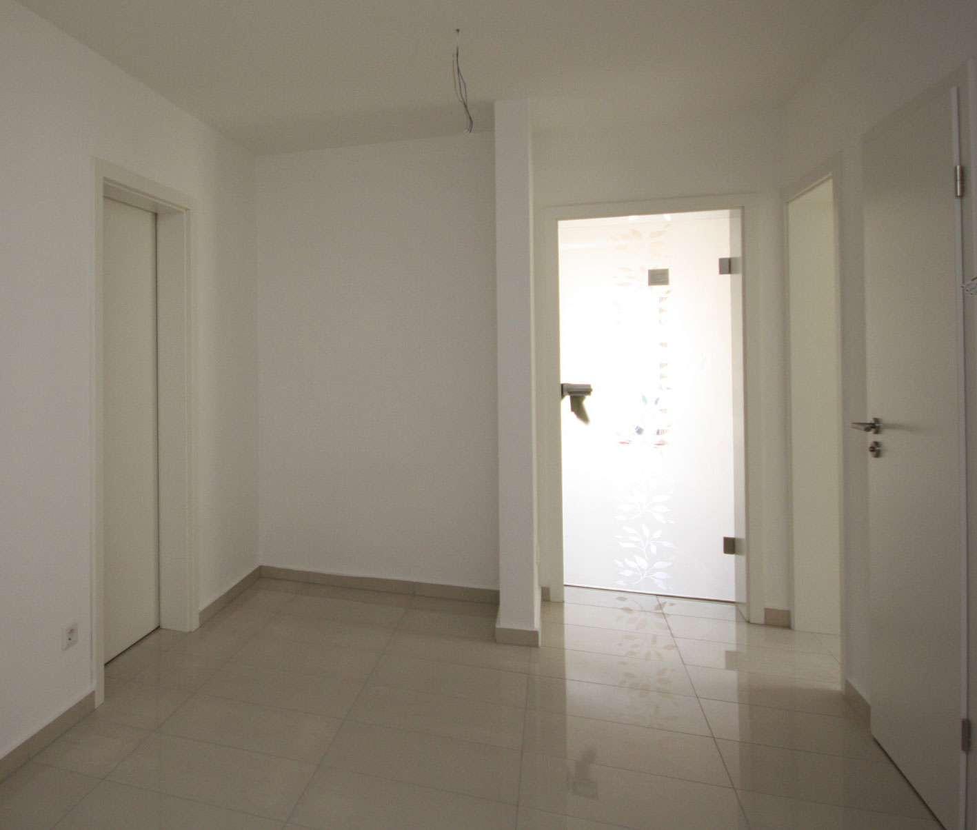 ++3 ZKB-Erstbezug/1.OG/ca. 93 m² Wfl./Balkon/TG-Stellplätze/Pfaffenhofen++