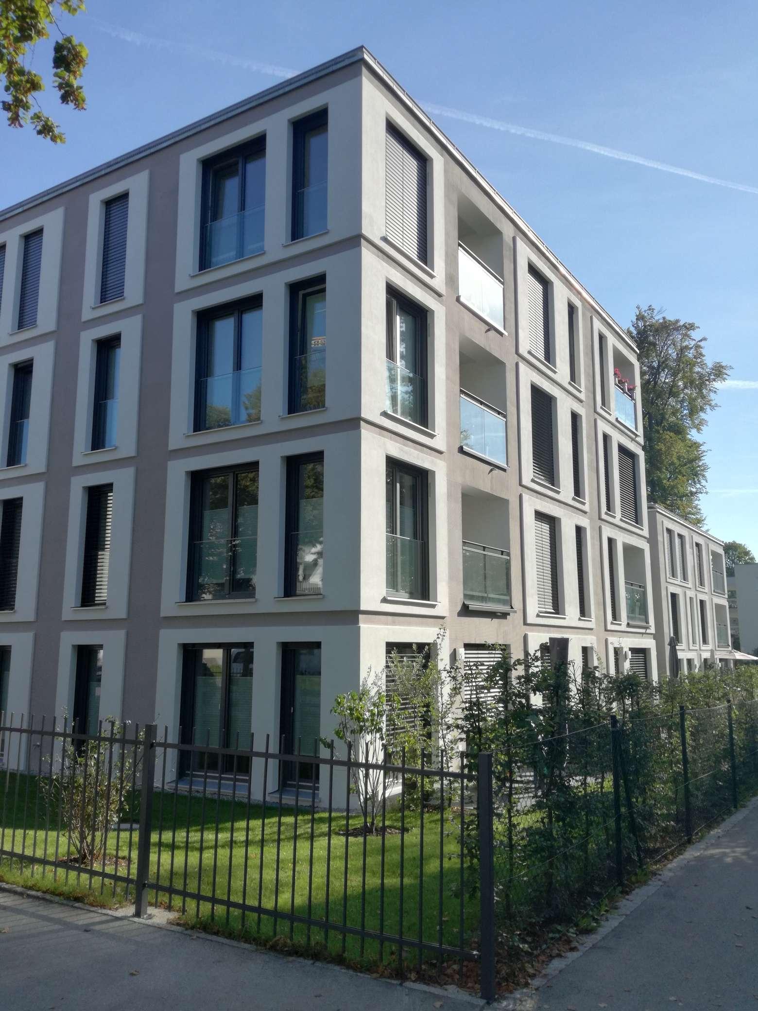 Stilvolle, neuwertige 3-Zimmer-Erdgeschosswohnung mit Terrasse und EBK in Starnberg