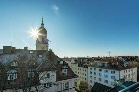 Wunderschöne Altbau-DG Wohnung, direkt am Joseph-Platz in Maxvorstadt (München)