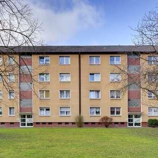 Brambauer: 70m² mit Balkon, gepflegtes Mehrfamilienhaus, 2. OG!