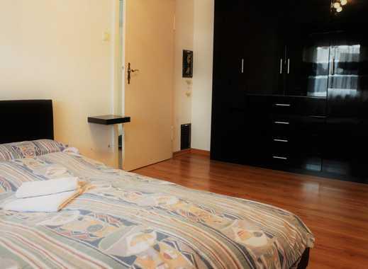 3-Zimmerwohnung mit TV, Internet, Balkon, Küche, Essplatz, 2 Schlafzimmer, Bad/Wc, Waschmaschine