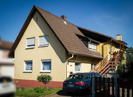 Exklusives Zweifamilienhaus in bester, sehr ruhiger Wohnlage in Zuzenhausen