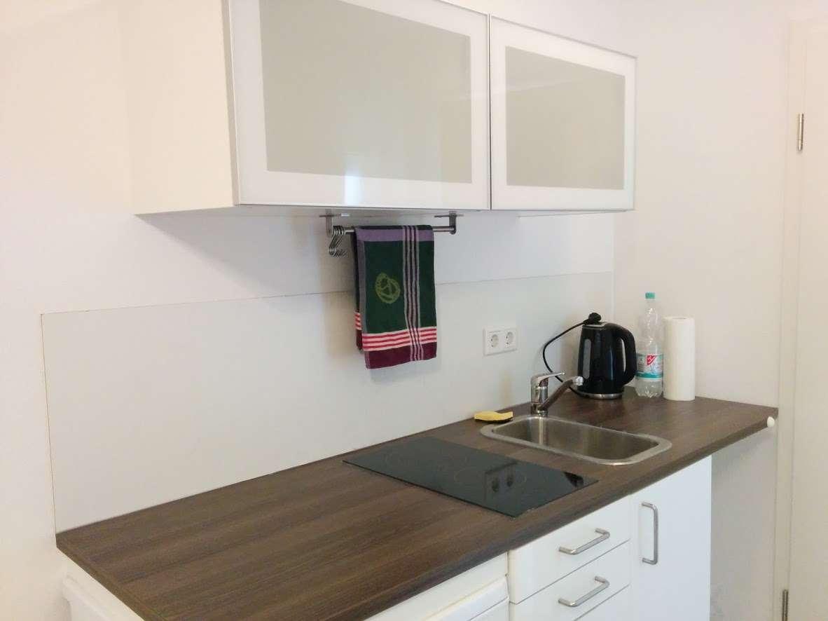 1-Zimmer Apartment möbliert mit Küchenzeile in