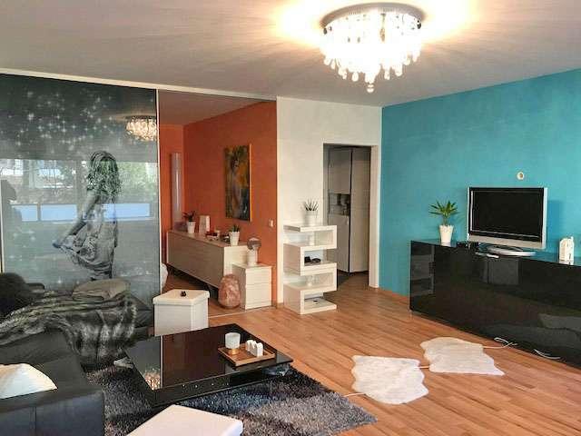 Exklusiv möblierte 1-1/2-Zimmer-Wohnung mit schönem Balkon in ruhiger Lage in St. Jobst (Nürnberg)