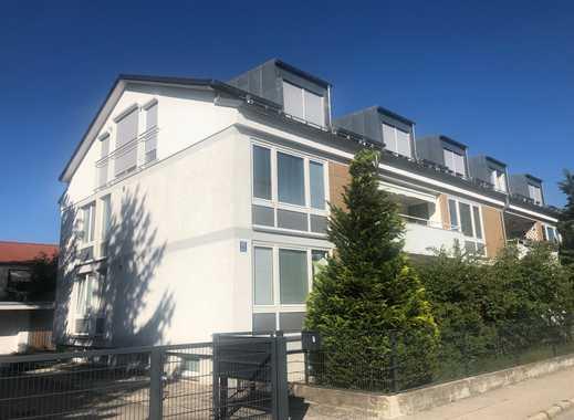 Sehr schöne und helle Luxus- DG Wohnung, 125 m², 4 Zimmer
