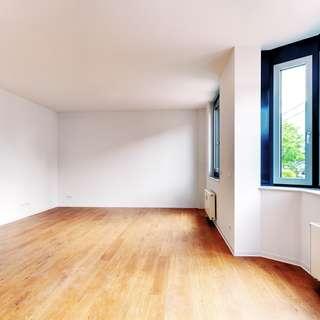 Stadtmitte: Top-modernisierte 3,5-Zimmerwohnung, gehobene Ausstattung!Badewanne und Dusche!