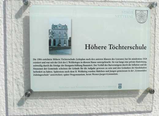 Vermietetes Stadthaus in praktischer, zentraler Ortskernrandlage (ca. 5,5% Rendite)