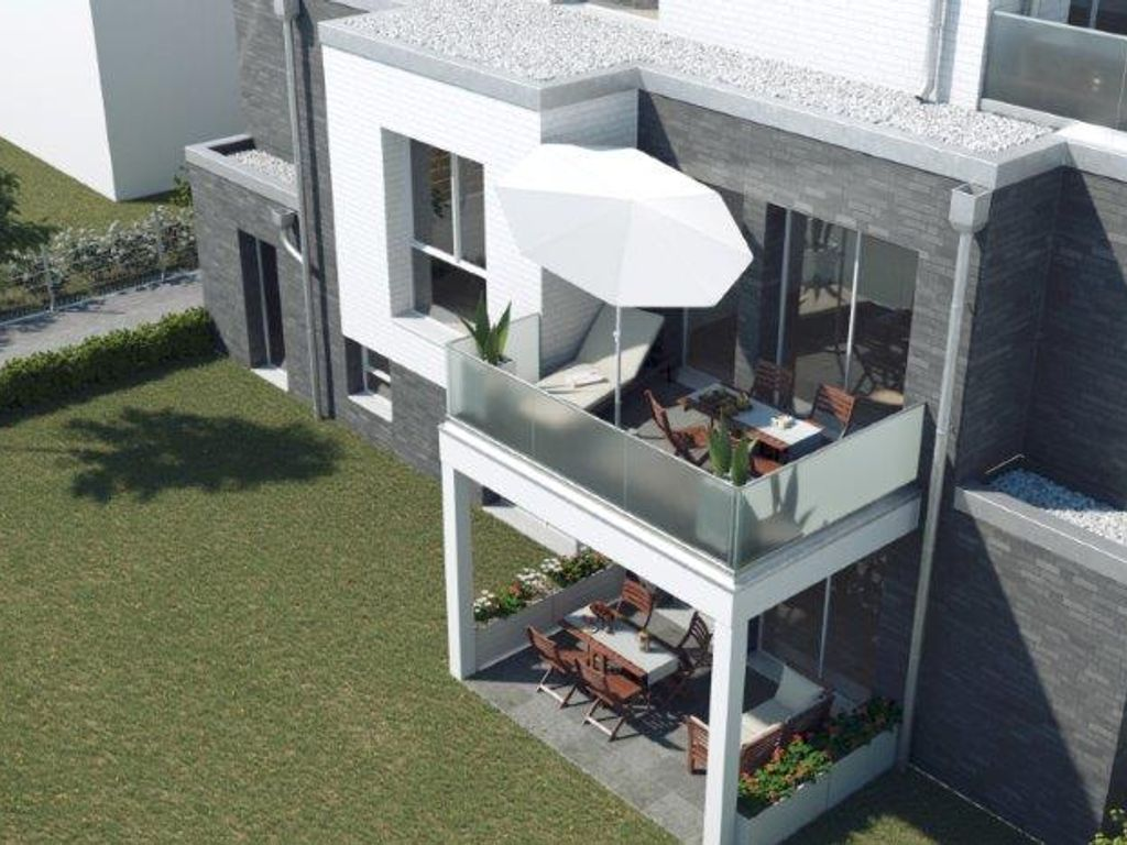 NEU!6 Familienhaus!Nur noch eine barrierefreie 4 Raum ...