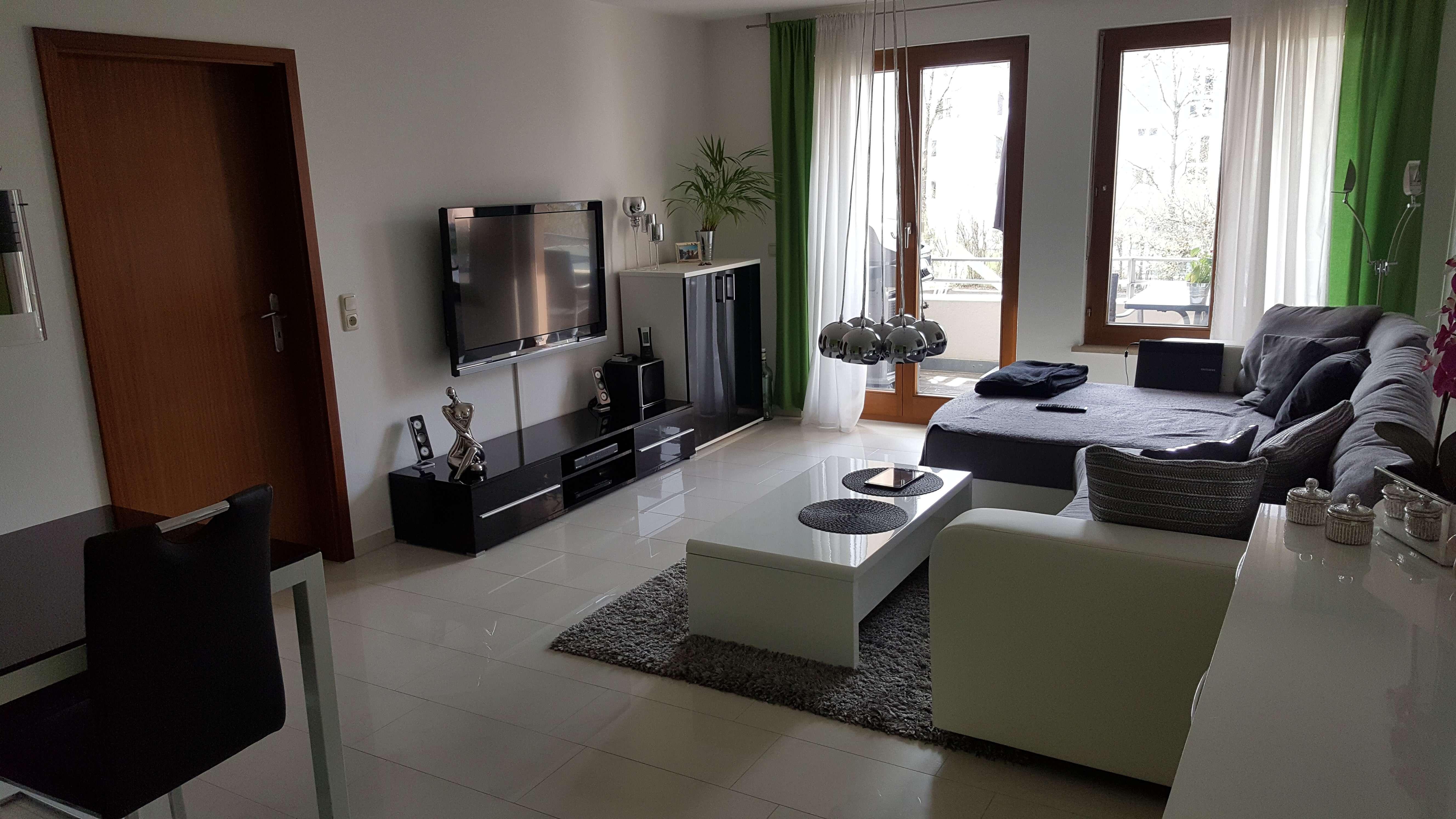 Helle 2-Zimmer-Wohnung mit Balkon in Neusäß/Schmutterpark in Neusäß