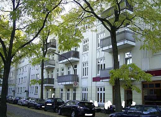 Helle, 3 Zimmer Altbau-Erdgeschoss Wohnung mit kleinem Innenhof zu vermieten