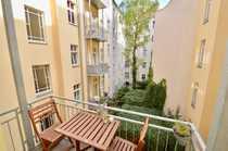 Bild PRENZLAUER BERG: Feine 1-Zimmer-Wohnung mit Balkon in ruhigem und grundsaniertem Hinterhaus!