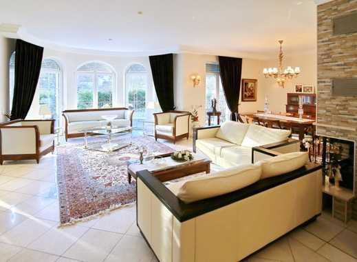 Großzügige Maisonette-Wohnung mit Kamin in einem Zweifamilienhaus