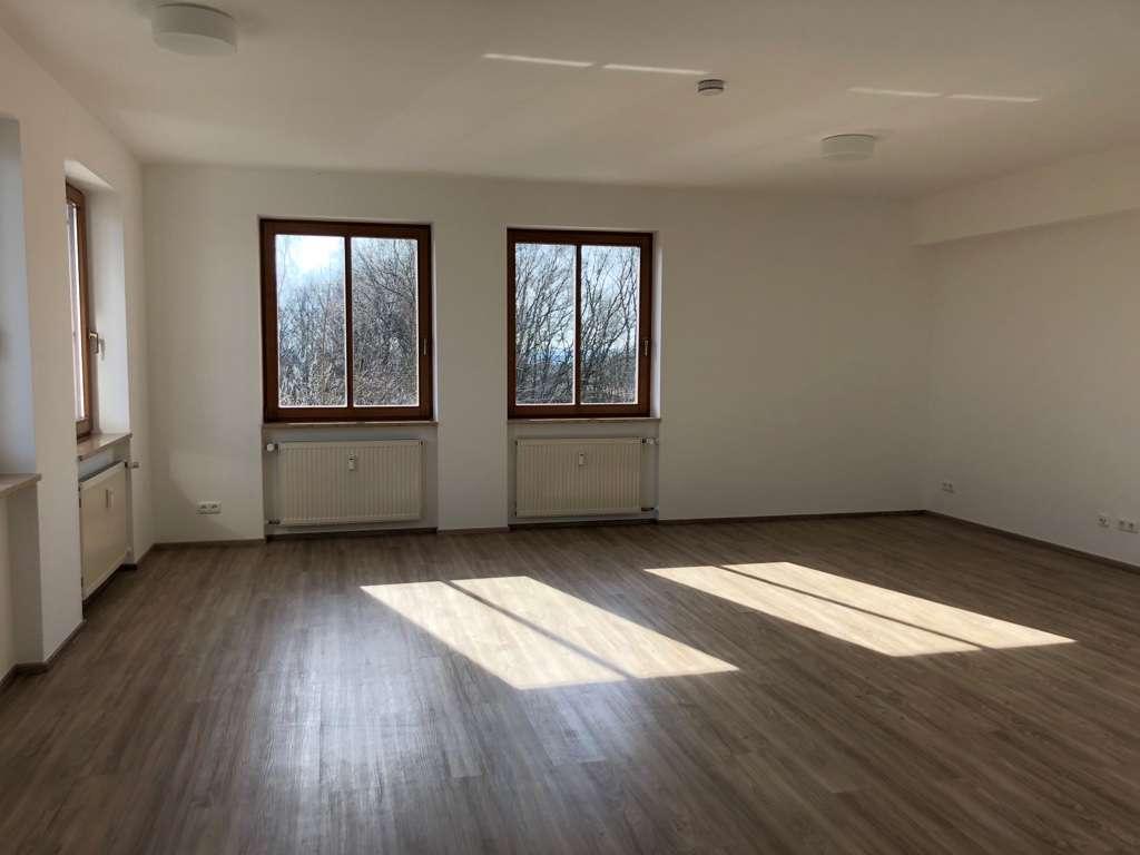560 €, 81 m², 2 Zimmer in Iggensbach
