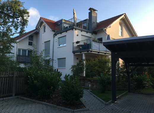 Helle neuwertige 3,5-Zimmer-Wohnung mit großer Dachterrasse