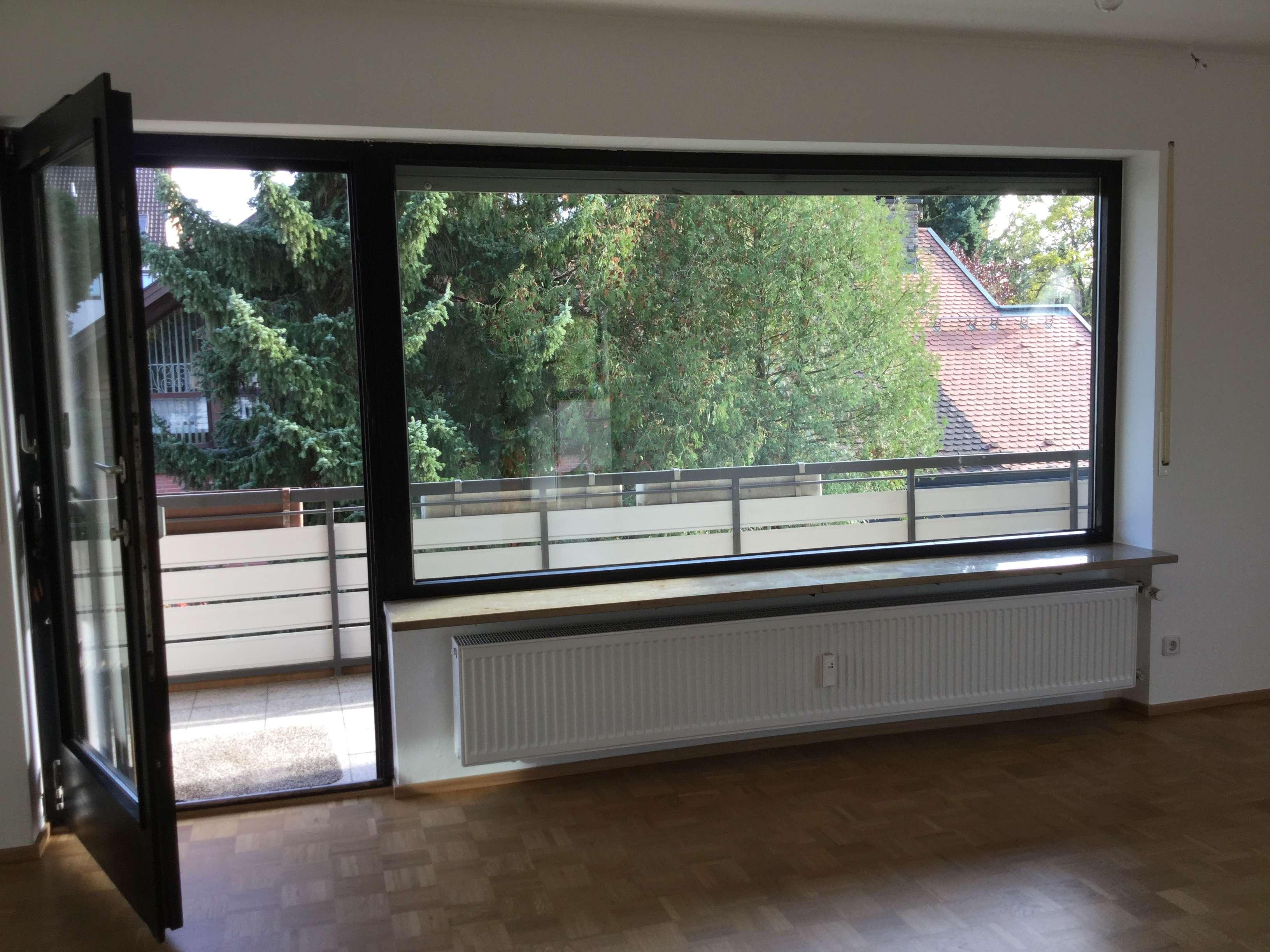 Vollständig renovierte 3,5-Zimmer-Wohnung mit Balkon in Nürnberg-Ziegelstein in Ziegelstein (Nürnberg)