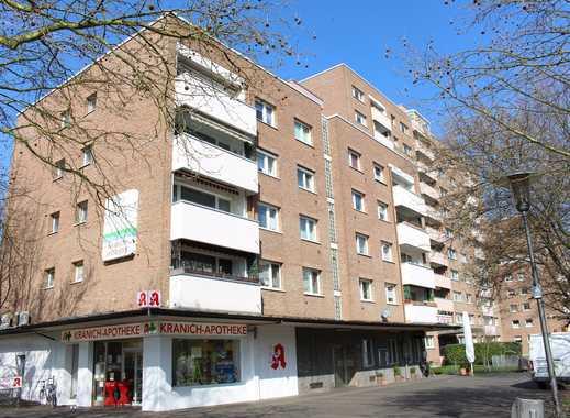 Modernisierte, gut geschnittene 2-Zimmer-Wohnung mit Balkon