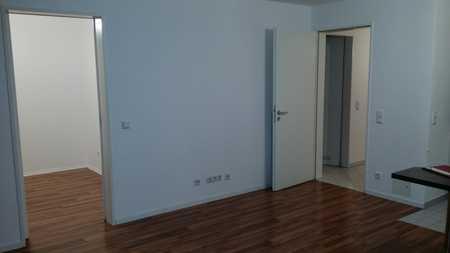 Nachmieter für sehr helle und moderne 1,5-Raum-Wohnung mit Balkon und EBK in Unterhaching gesucht in Unterhaching