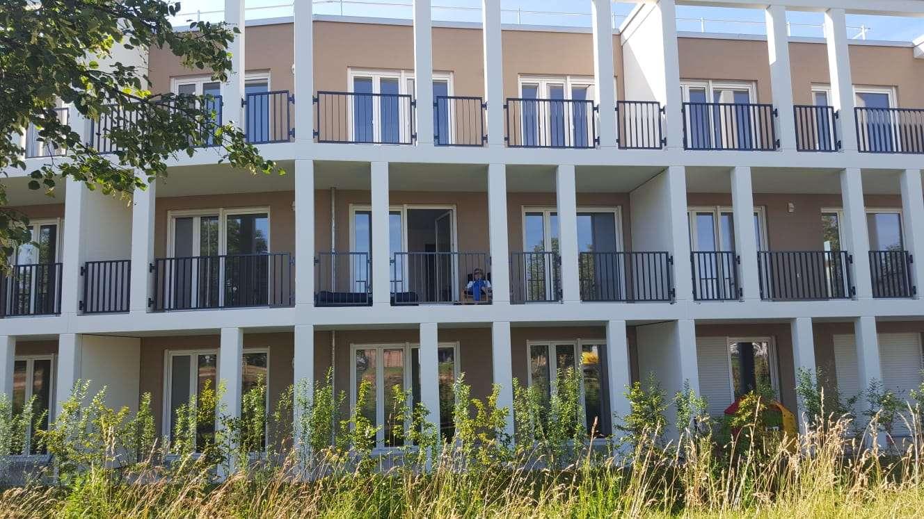 Erstbezug mit Einbauküche und Balkon: exklusive 2-Zimmer-Wohnung in Vaterstetten