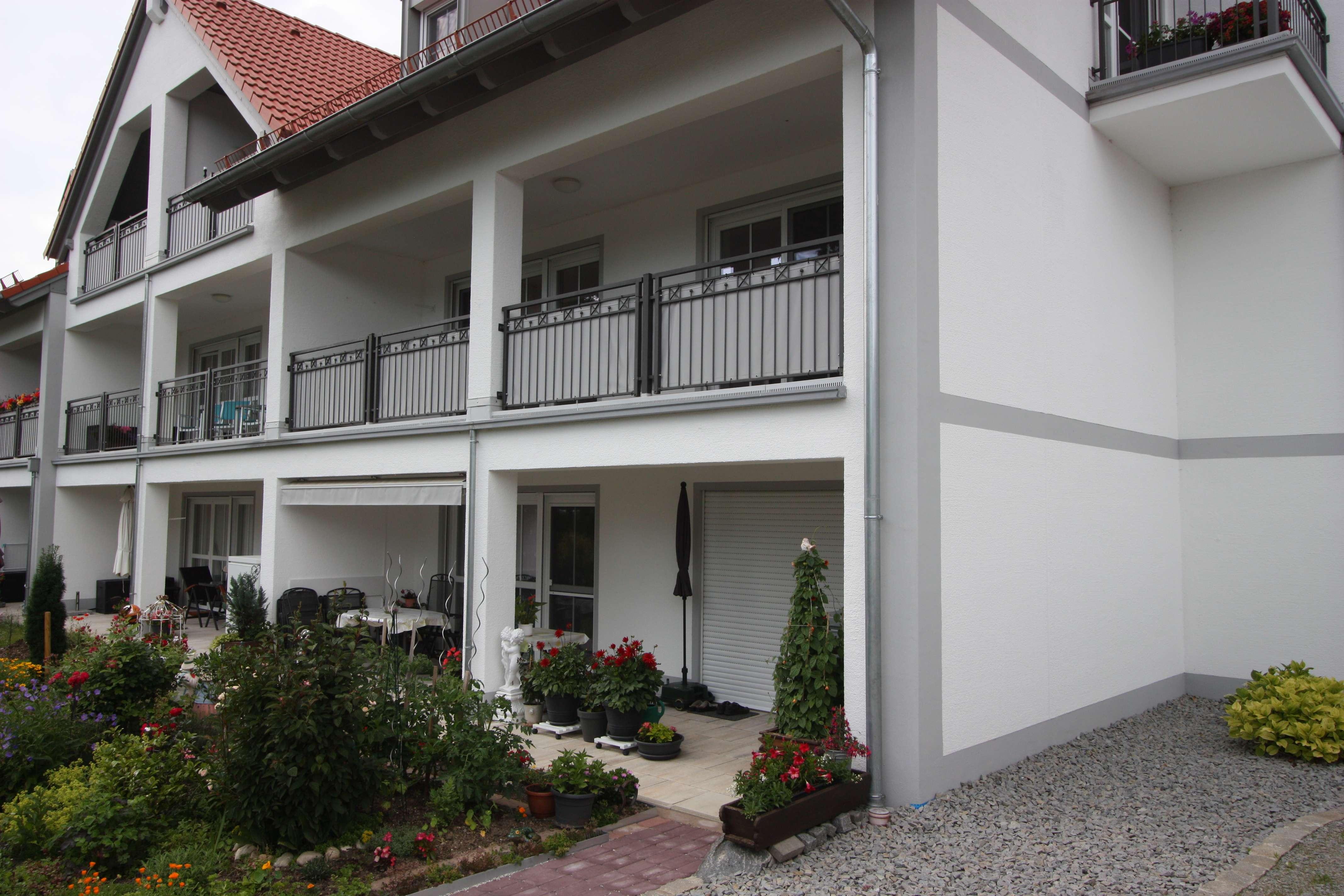 Neuwertige, barrierefreie 2-Zimmer-Wohnung mit grosser Loggia und EBK in Bad Füssing in